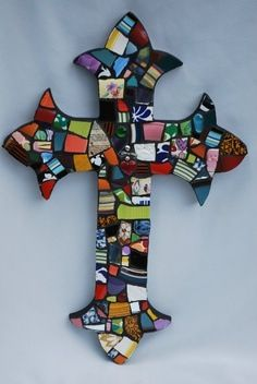 Mosaic Cross 24 x 16 by Julie Mayfield Mosaic Crosses, Wooden Crosses, Wall Crosses, Mosaic Crafts, Mosaic Projects, Bead Crafts, Mosaic Designs, Mosaic Patterns, Mosaic Glass