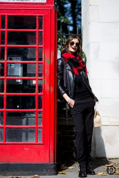 #RonjaFurrer looking exceedingly cool #offduty in London.