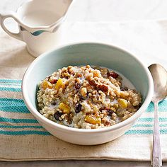Fruited Irish Oatmeal Make this slow cooker oatmeal for weekend guests or anytime you want a hot, no-fuss breakfast. Be sure to use steel-cut Irish oats; no other type will stand up to long cooking.