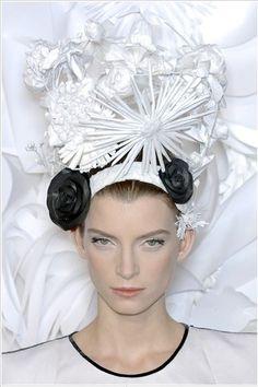 Katsuya Kamo head piece for Chanel Couture SS09