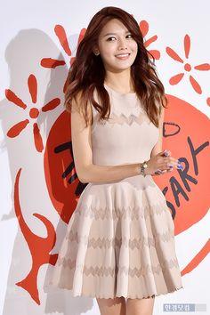 Sooyoung - 150327 10 CorsoComo Avenuel Event