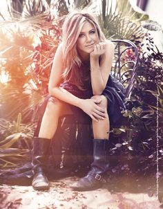 One of my favourite leading ladies, the gorgeous Jennifer Aniston.