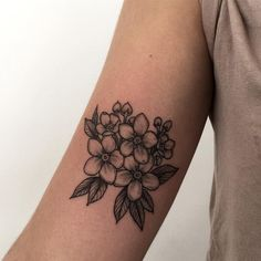 """1,015 Likes, 3 Comments - Good Times Tattoo. London UK (@harriettattoo) on Instagram: """"Little forget me nots for lovely Bethy today"""""""