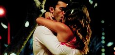 Jane the Virgin - Rafael and Jane share a dreamy, romantic kiss!