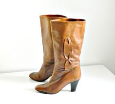 Vintage Womens Brown Leather Boots, French Mid-Calf Chunky Heel Boots, Size 8.5 by Salamander France, Made in Italy. by retrogroovie on Etsy