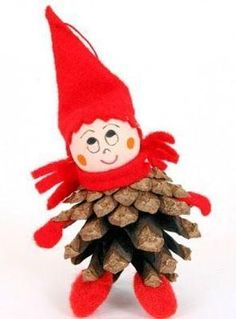 how to make a pine cone tomte Pine Cone Christmas Decorations, Christmas Ornament Crafts, Christmas Crafts For Kids, Felt Christmas, Fall Crafts, Holiday Crafts, Christmas 2017, Christmas Trees, Pine Cone Art