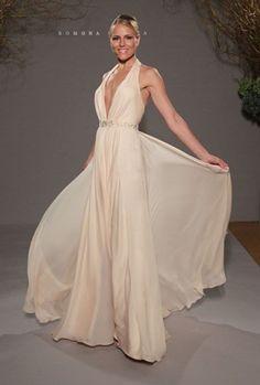 60 Stunning Beach Wedding Dresses   HappyWedd.com