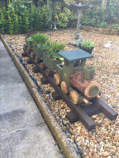 Diy Garden Bed, Planter Garden, Diy Planters, Diy Garden Decor, Garden Pots, Landscape Timber Crafts, Landscape Timbers, Diy Wooden Projects, Herb Garden Design