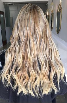 beige-and-blonde-balayage-highlights