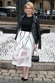 Эвелина Хромченко решила влиять на аудиторию напрямую и открыла школу моды. Редакторы Glamour Stylebook побывали на ее мастер-классе и законспектировали семь признаков идеального гардероба, о которых все знают, но, видимо, забывают.