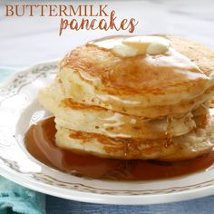 MELT-IN-YOUR-MOUTH BUTTERMILK PANCAKES The absolute best recipe (after testing hundreds) for buttermilk pancakes. In fact, these are melt in your mouth buttermilk pancakes! Breakfast Pancakes, Pancakes And Waffles, Best Breakfast, Breakfast Recipes, Fluffy Pancakes, Butter Pancakes, Pancakes With Buttermilk, Ricotta Pancakes, Vegetarian Food