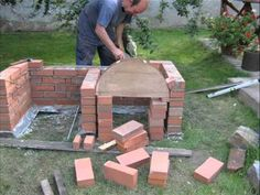 Ideas diy outdoor fireplace and grill Diy Outdoor Fireplace, Outdoor Stove, Pizza Oven Outdoor, Outdoor Kitchen Bars, Outdoor Kitchen Design, Outdoor Cooking, Brick Fireplace, Design Barbecue, Barbecue Grill
