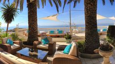 Exclusive chill out bar with panoramic sea views in Roses - Blue Bar, Hotel Vistabella (Costa Brava)