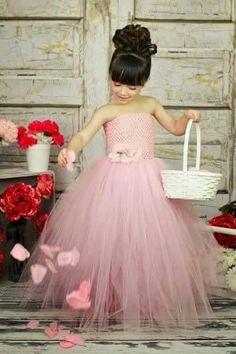 Resultado de imagen para vestidos elegantes para niña