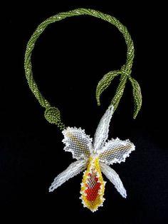 Colar Orquídea Amarela | Beautiful Beads | Elo7