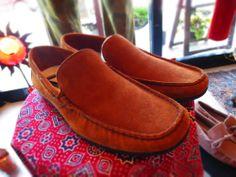 靴《レッド》