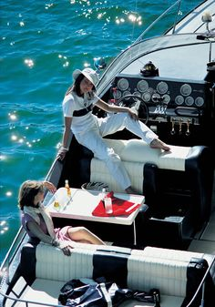 y Paradise Words Inspiration Favourite Tips Vacation Spots Ideas Jetset Quotes Lifestyle Locations Beautiful Places Sunset Fashion Style Inspiration Clothes Chic Outfits Outfit Ideas Riva Yachts, Luxury Yachts, Dr Hook, Paradise Pools, Sunset Love, Adventure Holiday, Yacht Boat, Yacht Club, Luxe Life