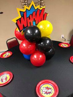 Superman Party, Superman Birthday, Superhero Birthday Party, 1st Birthday Parties, 3rd Birthday, Balloon Centerpieces, Balloon Decorations, Incredibles Birthday Party, Toddler Birthday Cakes