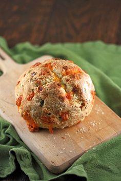 irish cheddar and bacon soda bread  #food #recipes #blog #drink