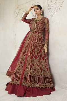Maria B Bridal, Indian Designer Suits, Pakistani Bridal Wear, Couture Collection, Scarlet, Indian Fashion, Bridal Dresses, Instagram Code, Sequins