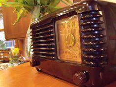 SERVICED 1949 PHILCO 49-500 TRANSITONE BAKELITE RADIO & MP3 PLAYER