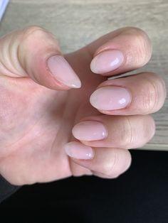 Natural Nails, Pink, Beauty, Pink Hair, Beauty Illustration, Natural Looking Nails, Roses, Natural Color Nails