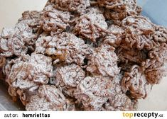 Skořicové cukroví z lisu na česnek recept - TopRecepty.cz Czech Recipes, Christmas Cookies, Cereal, Cheesecake, Herbs, Sweets, Chocolate, Breakfast, Desserts