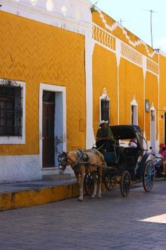 Izamal, Mexico. Just love this place. The entire town is a gorgeous yellow colour.