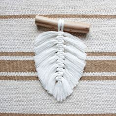 Macrame leaf, Macrame Feather, Boho decor, Nursery decor, Boho feathers, Southwestern wall decor, Rustic decor, Farmhouse decor, Wood Boho Decor, Rustic Decor, Farmhouse Decor, Southwestern Wall Decor, Sticky Roller, Scandinavian Style Home, Macrame Curtain, Mini Plants, Macrame Patterns
