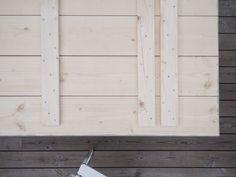 Att bygga ett bord • BloggaiBagis Diy And Crafts, Garage Doors, Cottage, Outdoor Decor, Home Decor, Gardening, Google, Design, Decoration Home