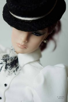 not your ordinary doll Beautiful Barbie Dolls, Pretty Dolls, Cute Dolls, Fashion Royalty Dolls, Fashion Dolls, Glam Doll, Glamour Dolls, Diva Dolls, Poppy Parker