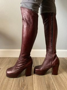 Vintage oxblood leather platform over-the-knee zip-up Chain Crossbody Bag, Oxblood, Sky High, Quilted Leather, Over The Knee Boots, Riding Boots, Heeled Boots, 1970s