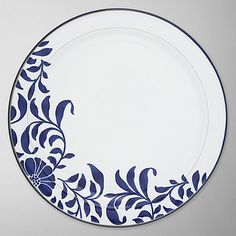 Blue and white Blue Pottery, Pottery Plates, Glazes For Pottery, Ceramic Pottery, Pottery Art, Pottery Painting Designs, Pottery Designs, Ceramic Tableware, Porcelain Ceramics