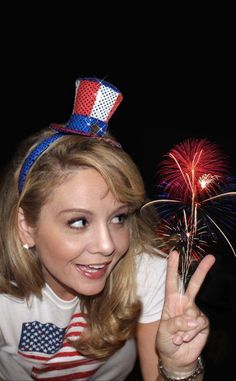 TWO BLONDES Enthusiastically Creating and Crafting EVERYTHING!: July 4th Murtle's fireworks photo