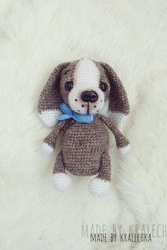 Бесплатная схема вязания щенка амигуруми #вязанаяигрушка #игрушкикрючком #вязанаясобака #amigurumipattern #crochetpattern #amigurumidog #crochetdog Amigurumi Doll Pattern, Teddy Bear, Toys, Animals, Crochet Projects, Diana, Knit Crochet, Knitting, Diy Dog