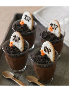 Tombstone Pudding - Something your party guests will die for! parti guest