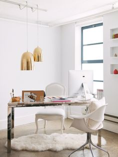 gold light fixtures - white walls II Glam & Cozy Home Office