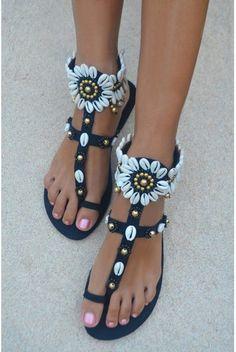 af8b011dd Hot Lava Sandals Flower Power Hot Lava - Black