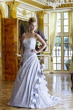 The 27 Best Quirky Wedding Gowns Images On Pinterest