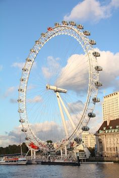London Eye: my trip to London  Been there :D love to go again