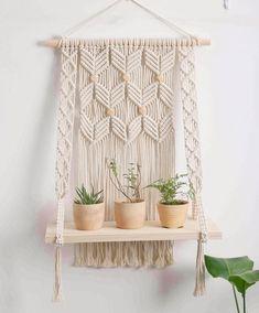 Macrame Wall Hanging Diy, Macrame Plant Hangers, Macrame Art, Macrame Projects, Tapestry Wall Hanging, Wall Hangings, Hanging Shelves, Wooden Shelves, Wall Shelves