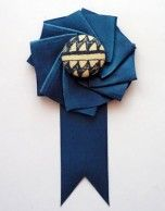 DIY ribbon boutonniere. Well, this could be perfect.