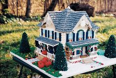 four seasons gingerbread house