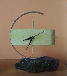 My first Table Top Clock madeup by combination of stone, wood and steel. Clock Art, Diy Clock, Clock Decor, Wooden Clock, Wooden Diy, Displays, Cool Clocks, Wall Clock Design, Ideas Hogar