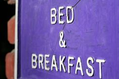 Options for bed and breakfasts in Ireland and Northern Ireland vary wildly. Here's how to chose the right Irish B&B, like Caw Cottage or Shola Coach House.