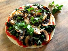CRUSTLESS Spinach & Mushrooms Individual Pizza