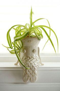 criatividade-zupi12 Pinch Pots, Pottery Designs, Clay Planter, Ceramic Planters, Ceramic Clay, Ceramic Pottery, Pottery Pots, Pottery Houses, Potted Plants