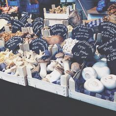 """@projectsis's photo: """"Is it dinner time yet? #autumn #fall #foodies #groceries #farmersmarket #markthal #fresh  #yum #mushrooms #foodpics #instafood #rotterdam #010 #shoplocal #vsco #vscodaily #vscofood #projectsis"""""""
