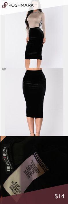 NWOT Fashion Nova Black Velvet Pencil Skirt Brand new never worn. Size medium. Material has stretch. Has a slit in the back. No swaps bundle to get 20% off! Fashion Nova Skirts Pencil