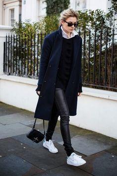 Stan Smith_Adidas_Winter_Dark blue coat_White Shoes_White Sneakers